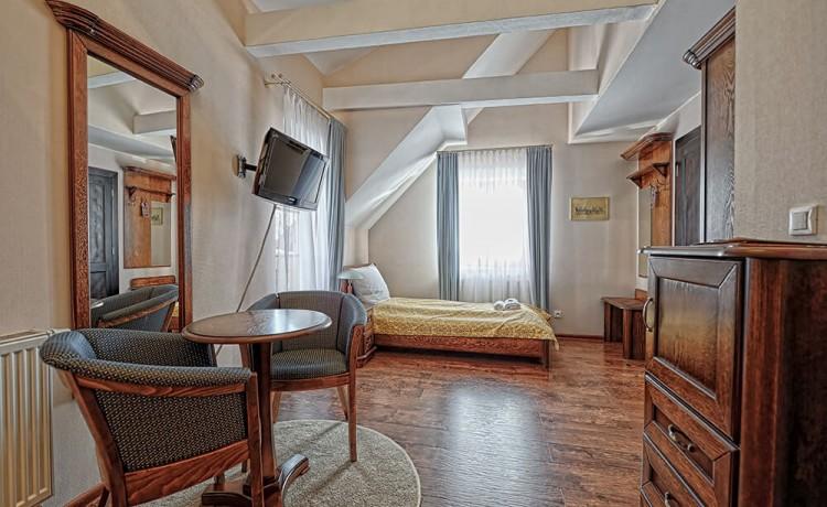 Hotel *** Hotel Modrzewiówka / 4