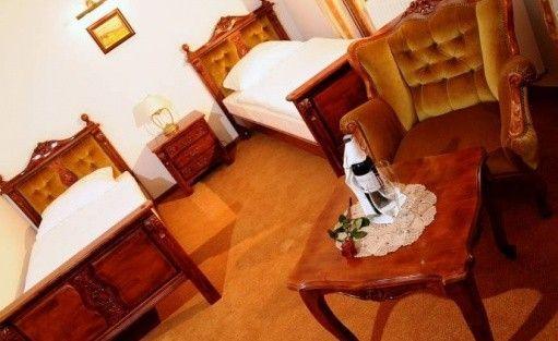Hotel *** Folwark Stara Winiarnia / 7