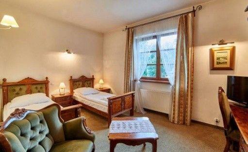 Hotel *** Folwark Stara Winiarnia / 10