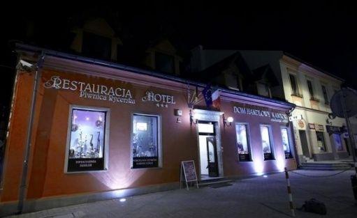 Hotel i Restauracja PIWNICA RYCERSKA
