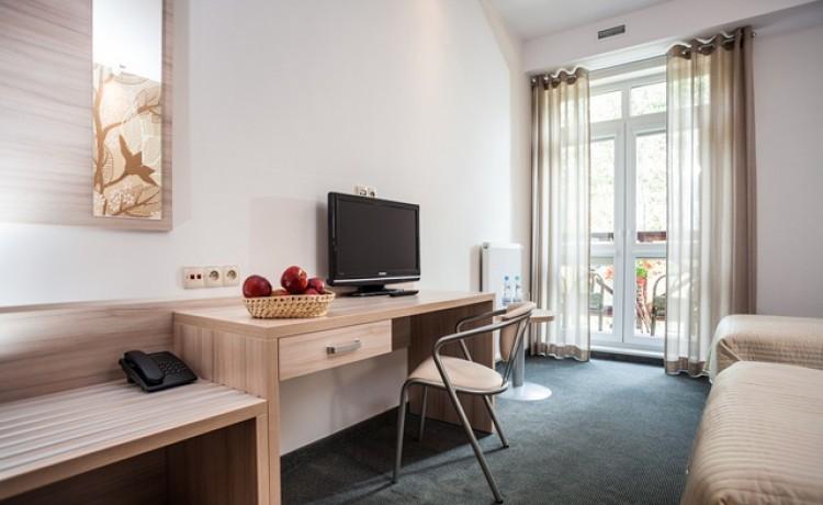 Ośrodek szkoleniowo- wypoczynkowy Hotel Nosselia***, 40 minut od Warszawy  / 41