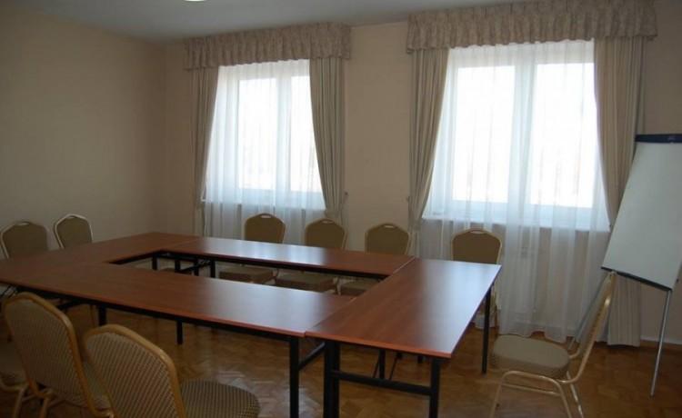 Inne Centrum Konferencyjno-Apartamentowe Mrówka / 2