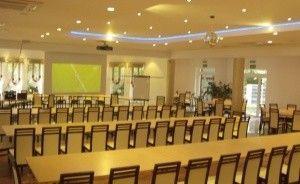 zdjęcie sali konferencyjnej, Ośrodek szkoleniowo wypoczynkowy BERNARDYNKA, Ślesin