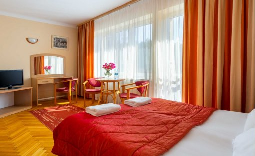 Hotel *** Perła Leśna / 12