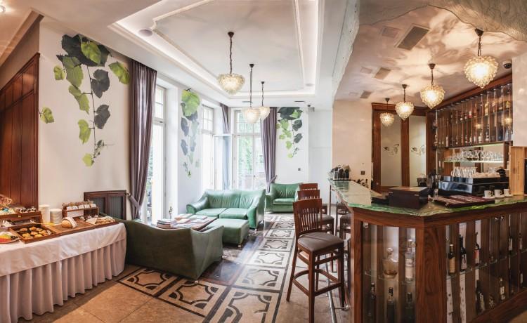 Hotel ***** Grape Hotel & Restaurant ***** / 25