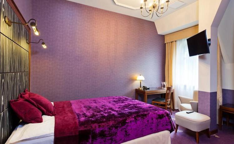 Hotel ***** Grape Hotel & Restaurant ***** / 13