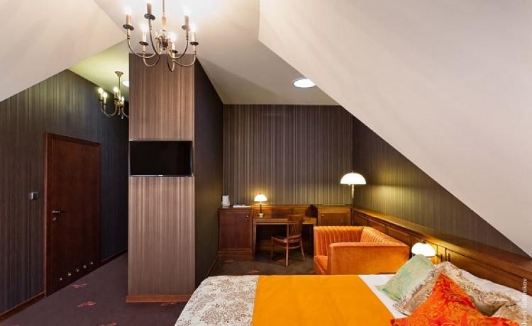 Hotel ***** Grape Hotel & Restaurant ***** / 11