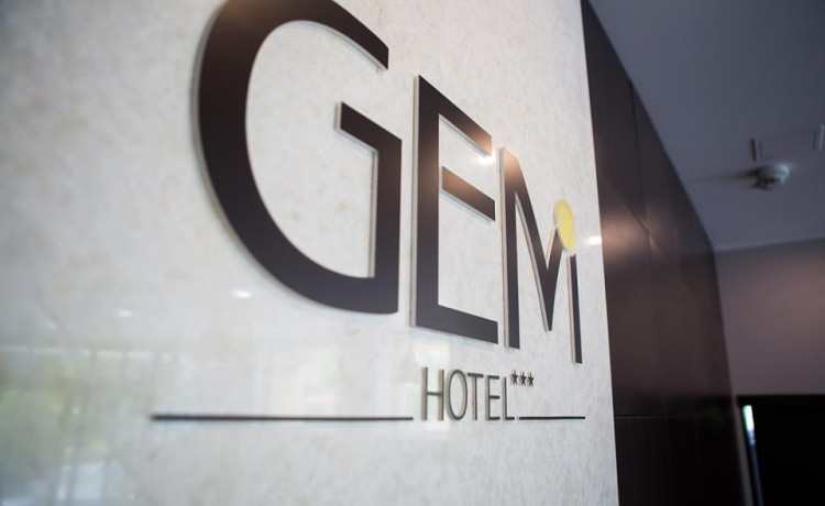 Hotel *** Hotel GEM / 4