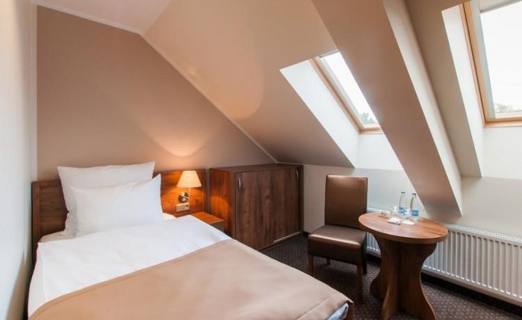 Hotel *** Hotel GEM / 66