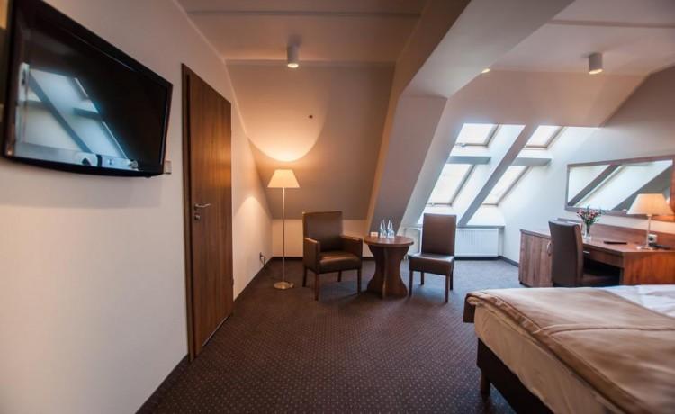 Hotel *** Hotel GEM / 75
