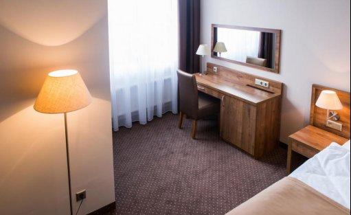 Hotel *** Hotel GEM / 76