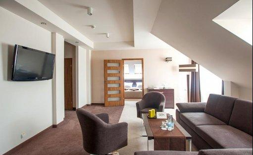 Hotel *** Hotel GEM / 61