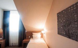 Hotel GEM Hotel *** / 12