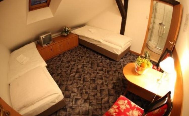 zdjęcie pokoju, Pałacyk pod Lipami, Poznań