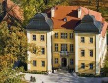 Pałac Łomnica