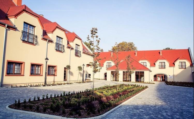 Hotel *** Pałac Krotoszyce *** / 2