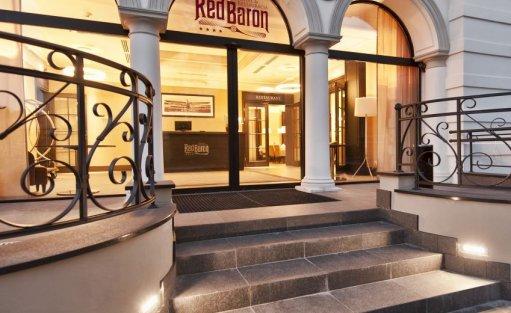 Hotel **** Red Baron Hotel & Restauracja / 1