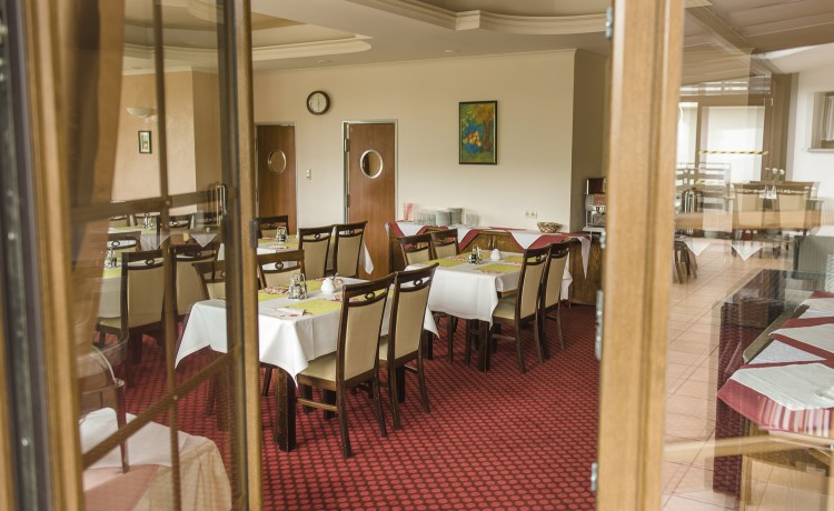 Hotel *** DZIKI POTOK Hotel *** Konferencje Grill & Prestige SPA / 79