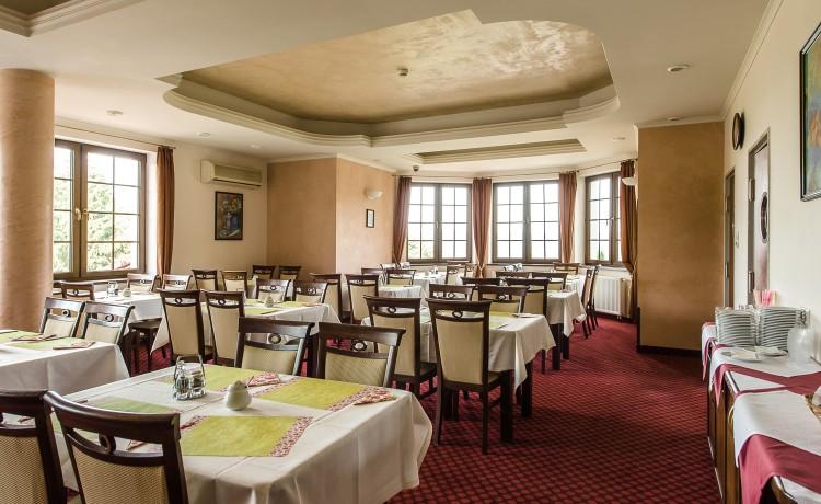 Hotel *** DZIKI POTOK Hotel *** Konferencje Grill & Prestige SPA / 81