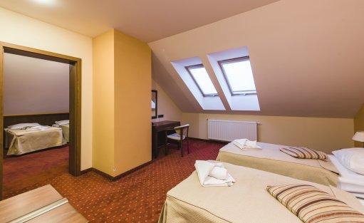 Hotel *** DZIKI POTOK Hotel *** Konferencje Grill & Prestige SPA / 30