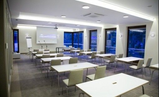 zdjęcie sali konferencyjnej, Columna Medica, Łask
