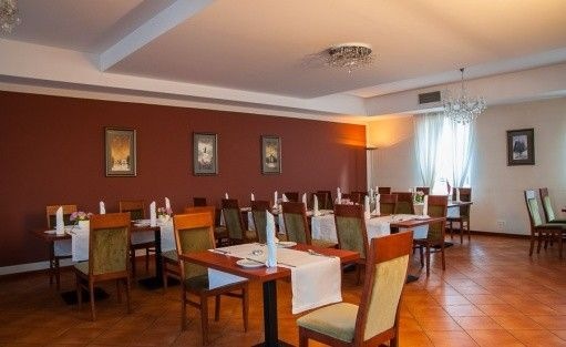 Hotel *** Hotel Hugo Business & SPA *** / 39