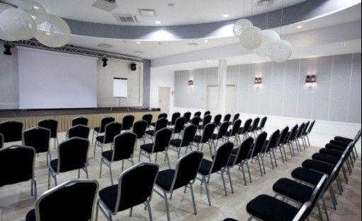 zdjęcie sali konferencyjnej, Hotel KRISTOFF, Blizanów