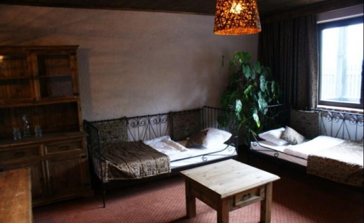 zdjęcie pokoju, Pięć Dębów, Supraśl