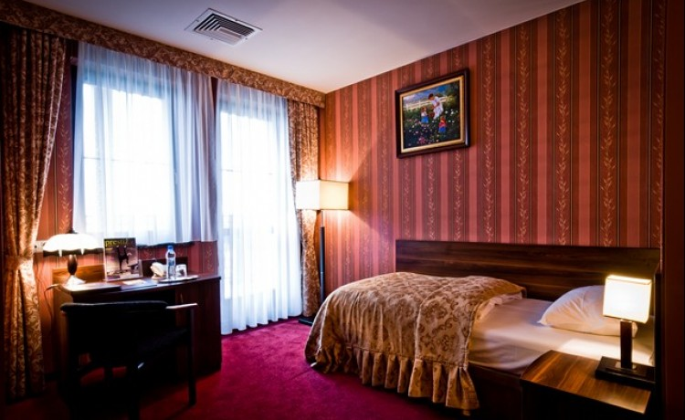 Hotel *** Hotel Dworski / 4