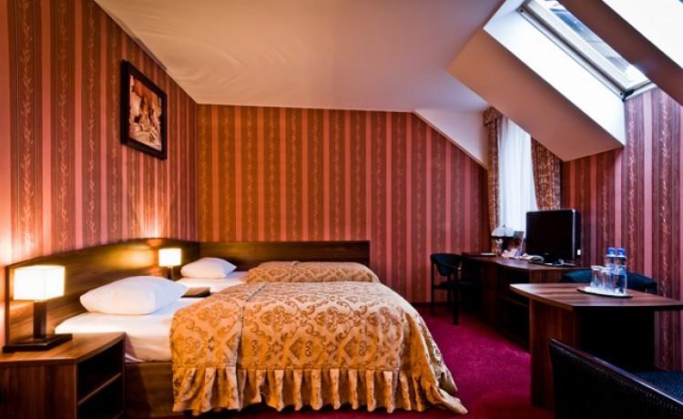 Hotel *** Hotel Dworski / 8