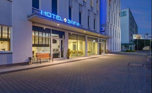 Hotel *** Hotel Safir / 2