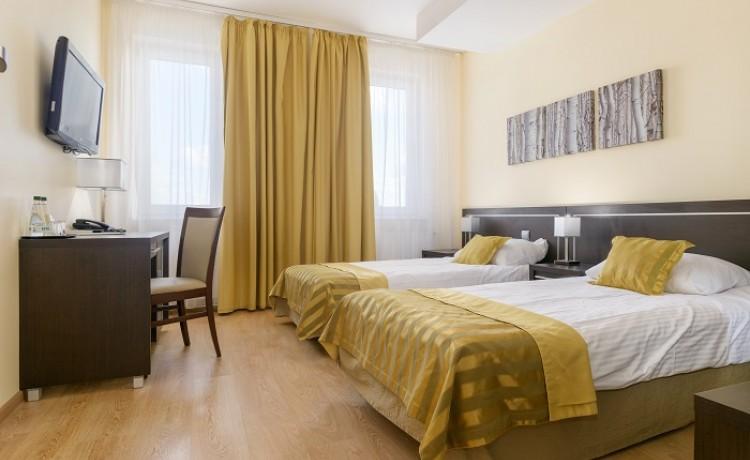 Hotel *** Hotel Safir / 23