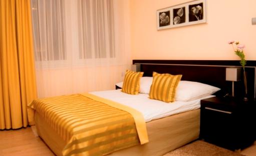 Hotel *** Hotel Safir / 7