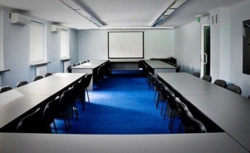 zdjęcie sali konferencyjnej, Centrum Konferencyjno-Szkoleniowe Poraj, Jastrząb