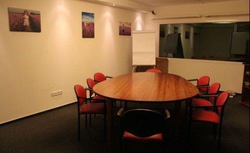 zdjęcie sali konferencyjnej, Eleganckie sale fokusowe i szkoleniowo - biznesowe na Francuskiej 37, Warszawa