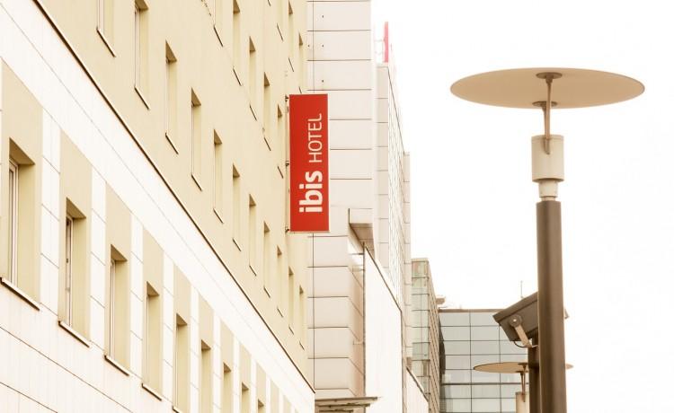 Hotel ** Hotel Ibis Łódź Centrum / 0