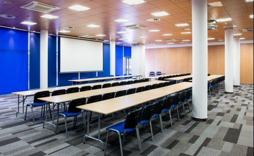 Centrum szkoleniowo-konferencyjne Centrum Konferencyjne Stadion Zawisza / 0