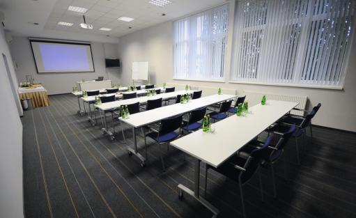 Centrum szkoleniowo-konferencyjne Centrum Konferencyjne Stadion Zawisza / 1