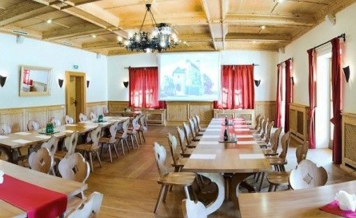 zdjęcie sali konferencyjnej, Hotel Zamek Bobolice, Niegowa