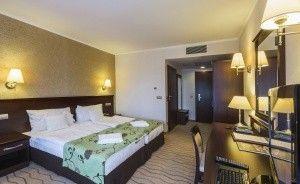Hotel **** Medical SPA Malinowy Dwór Hotel **** / 1