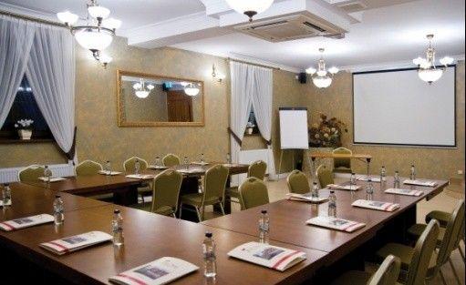 zdjęcie sali konferencyjnej, Dworek Róża Poraja , Mieścisko