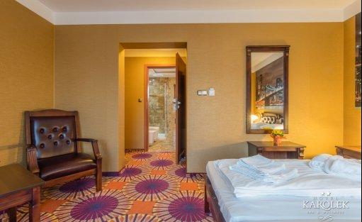 Hotel ** Hotel Karolek / 28