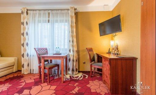 Hotel ** Hotel Karolek / 23