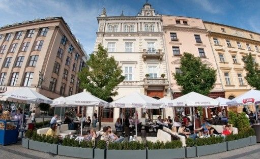 Hotel ***** The Bonerowski Palace***** / 1