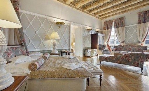 Hotel ***** The Bonerowski Palace***** / 17