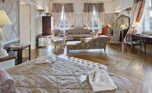 The Bonerowski Palace***** Hotel ***** / 10