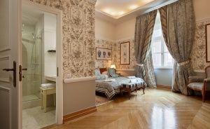 The Bonerowski Palace***** Hotel ***** / 5