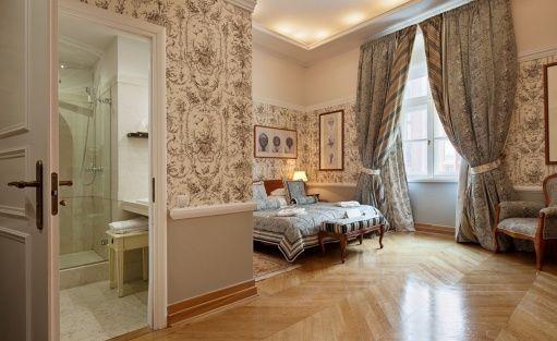 Hotel ***** The Bonerowski Palace***** / 21