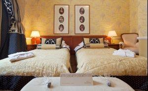 The Bonerowski Palace***** Hotel ***** / 4