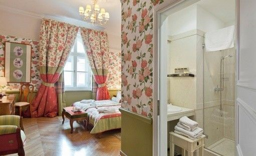 Hotel ***** The Bonerowski Palace***** / 18